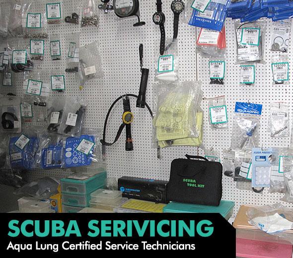 scuba-servicing-staff