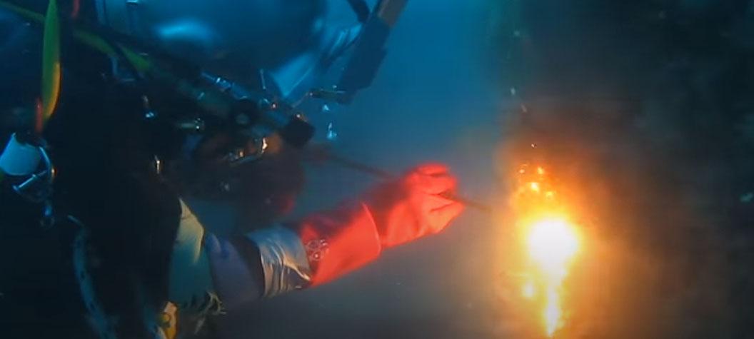 Broco Underwater Burning
